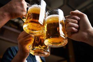 Sube PAN 10%  de impuesto a cerveza
