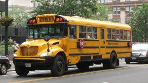 Desodorante forzó evacuación de autobús escolar