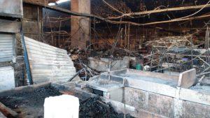 Confirman una muerte y 8 heridos en incendio del mercado de La Merced