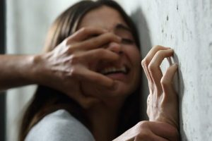 Proponen elevar a 40 años en prisión el delito de violación a menores de edad