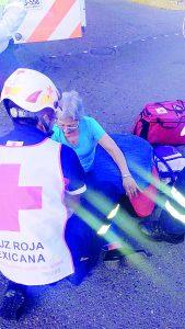 Queda mujer en mal estado al ser atropellada en el Sentri