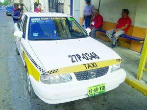 'Desaparecen' taxis  por la noche en NLD