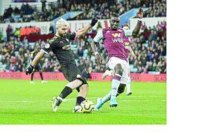 Arrolla Manchester City al Aston Villa
