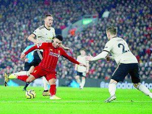 Extiende Liverpool trecho en Premier