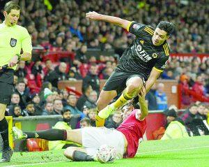 United supera con apuros a los Wolves de Raúl Jiménez dejándolos fuera de la Copa FA