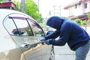 Se registran 3 mil  171 robos de autos