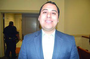Se convierte en  el más joven  alcalde suplente