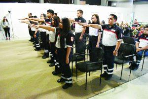 Gradúan 15 Técnicos   en Urgencias Médicas