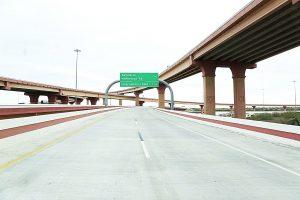 Inauguran el puente elevado de la Loop 20