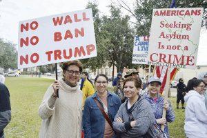 Piden detalles sobre el proyecto del muro