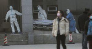 Aumentan a 17 los muertos por coronavirus en China