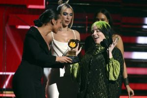 Conquista Billie Eilish los Grammy