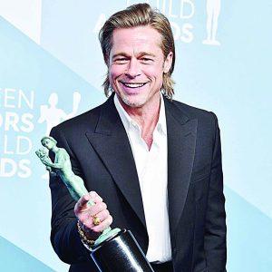 Brad Pitt se llevó el galardón a Mejor Actor de Reparto en los SAG Awards 2020