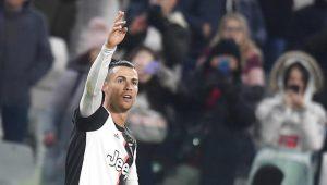 VIDEO: Cristiano y Dybala festejan con beso en la boca el gol del triunfo ante el Parma