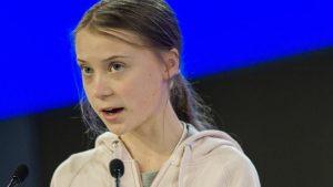 Secretario del Tesoro  de EU aconseja a Greta Thunberg que estudie antes de opinar
