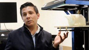 Estudiante de la UNAM diseña impresora 3D de huesos biodegradables