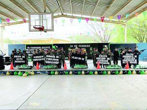 Rinden homenaje al Ejército Mexicano