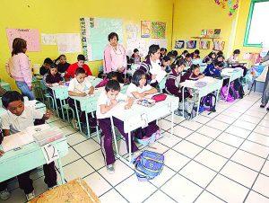 Dejan sin pago a los maestros