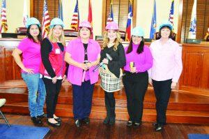 Celebrarán el Día de Mujeres   en la Construcción de Casas