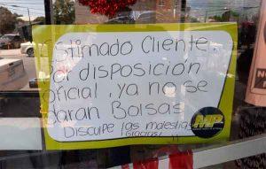 A falta de bolsas, entregan cajas de cartón en comercio de Reynosa