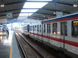 Denuncian grupo de acosadores que operan en metro de Monterrey