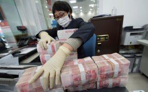 China a punto de destruir miles de billetes por el coronavirus