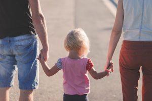 """""""Los que tienen que ir al psicólogo son los padres"""" y no los niños, según este terapeuta familiar"""