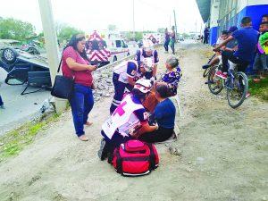 Madre e hija salvan su vida tras volcadura en la Cortés Villada