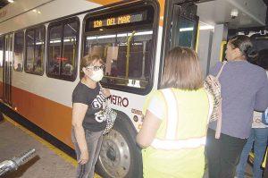 El Metro en Laredo, Texas, sólo para 'viajes esenciales'