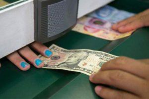 Reporta Banco de México alza en remesas