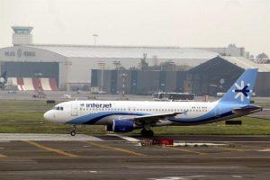 Suspende Interjet vuelos internacionales por coronavirus