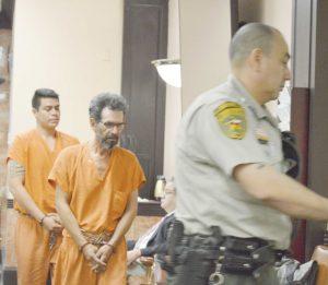 Detienen a indocumentados por reincidir en crímenes