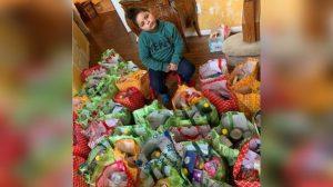 Coronavirus: Gasta sus ahorros en despensas para ayudar a abuelitos