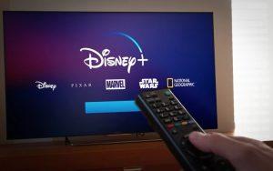 ¿Disney+ llegará antes a México por coronavirus?