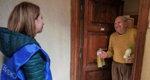 Por cuarentena, voluntarios se anotaron para hacerles las compras a los adultos mayores
