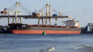 Atraca en Tampico barco proveniente de China; descartan coronavirus