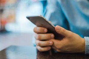 Coronavirus: Así debes limpiar tu celular para prevenir contagios