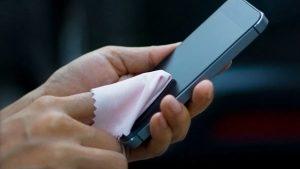 Coronavirus: ¿Sabías que tu celular podría ser una fuente de contagio?