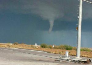Alertan por tornados en Tamaulipas, Nuevo León y Coahuila