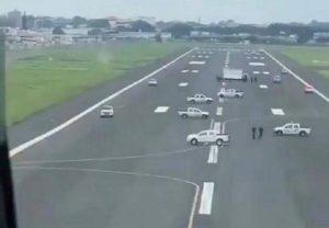 Impiden aterrizaje de avión que iba a repatriar a españoles en Ecuador