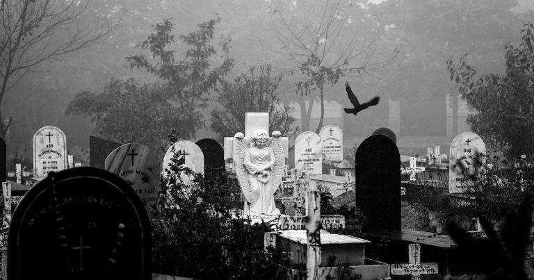 Como medida de seguridad para las funerarias, se solicitó que se trate los casos de neumonía, como confirmados de Covid-19