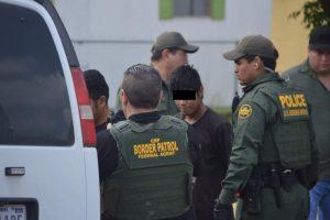 Laredo Texas: Supervisora y 15 agentes de la Patrulla Fronteriza sospechosos por Covid-19