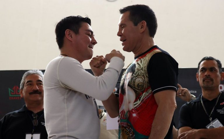 Travieso Arce golpeó al referee durante pelea vs Julio César Chávez
