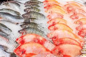 ¡Atención! 30% de lo que pagas por pescado y marisco es puro  hielo