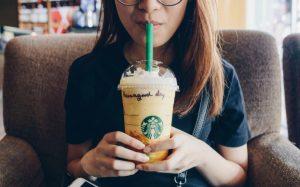 Con esta promoción   Starbucks te celebra en sus 25 años