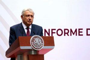 Promete AMLO eliminar aguinaldos de altos funcionarios ante Covid-19