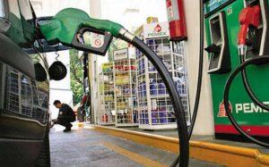 Gasolina en Nuevo Laredo tiene precio récord: está más barata
