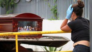 Guayaquil, tiene más muertos por covid-19 que países enteros
