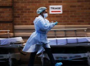 Médico asegura que encontró cura para el covid 19; usó tres medicamentos