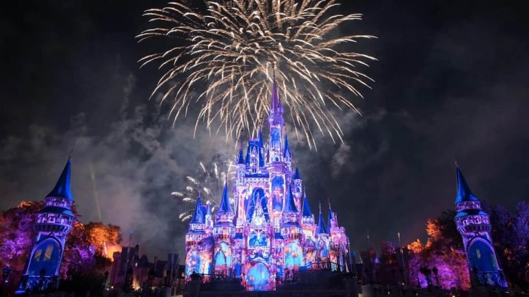 Vive el espectáculo (Happily Ever After) de luces de Walt Disney World desde tu casa